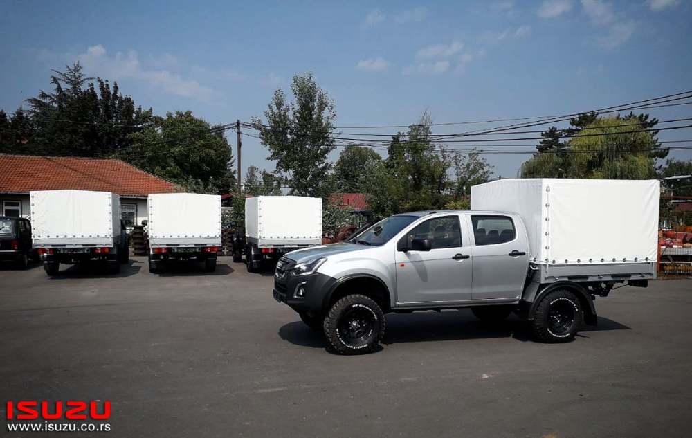 ISUZU_Monster_Truck_Kolubara_05.jpg